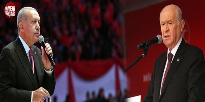 """Kadri Gürsel: """"Bahçeli'nin örtülü hedefi Erdoğan"""""""
