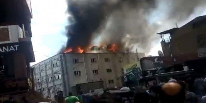 İstanbul'un göbeğinde korkutan yangın!