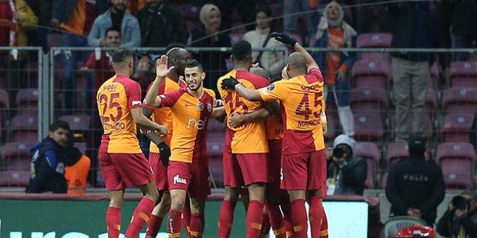 Galatasaray, ilk yarıda işi bitirdi