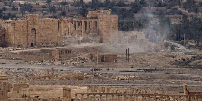 IŞİD'in Suriye'de saldırıları sürüyor