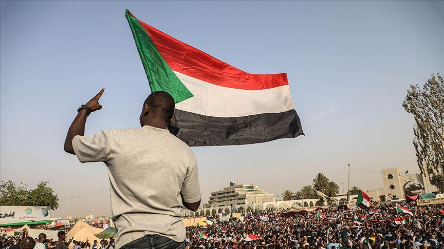 Sudan'da üst düzey yöneticiler cezaevinde