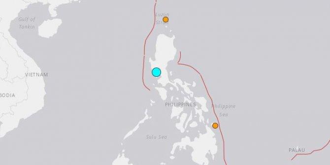Filipinler'de 6.4 büyüklüğünde deprem!