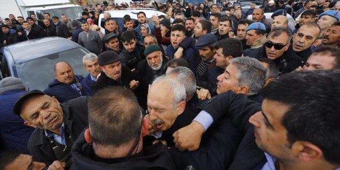 """""""Kızgın Demir"""" AKP'yi kim dövecek?"""