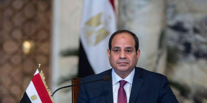 Mısır'da Sisi'nin görev süresi uzadı