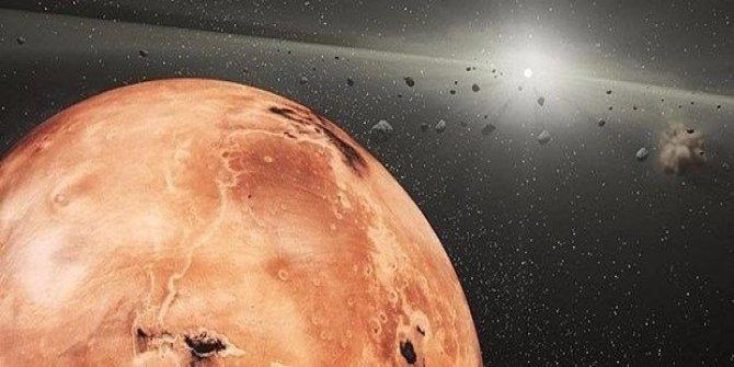 MRO uydusu Mars'taki Cerberus Fossae oyuklarını görüntüledi