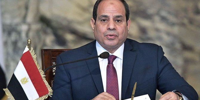 Sisi'nin ilk icraatı OHAL ilan etmek oldu
