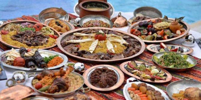 Dizdar: Ramazan'dan kilo alarak çıkmayın