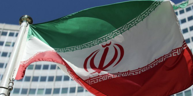 İran'dan ABD ile görüştüğü iddialarına cevap