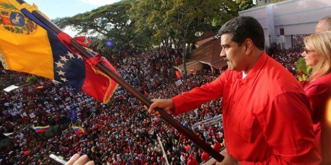 Venezuela'da muhaliflerle hükümet masaya oturdu