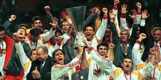 Galatasaray'ın UEFA Kupası'nı aldığı ilk 11'de kimler vardı?