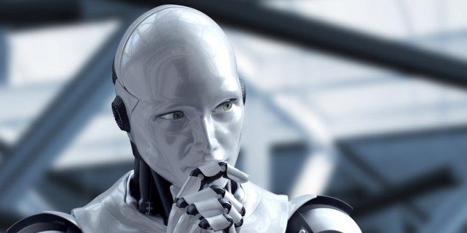 Haber manşeti atabilen robot üretildi
