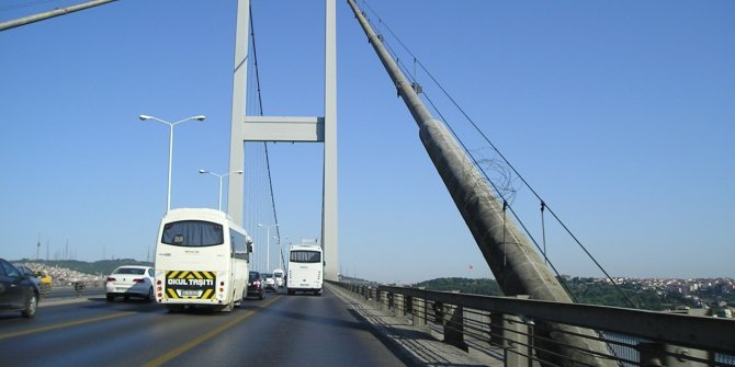 Otoyol ve köprüler ücretsiz
