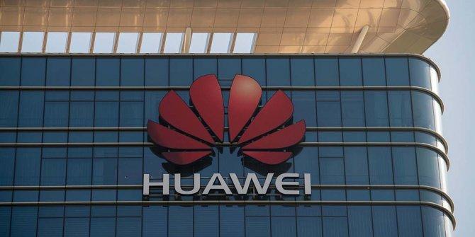 Google, Huawei ile anlaşmasını sınırladı!