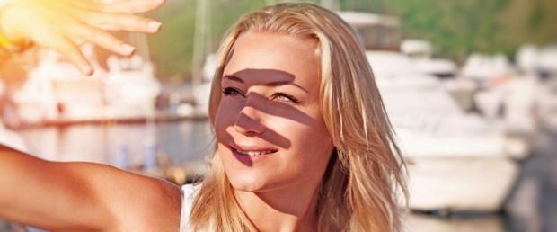 Güneş gözlüğü gözünüzden edebilir!
