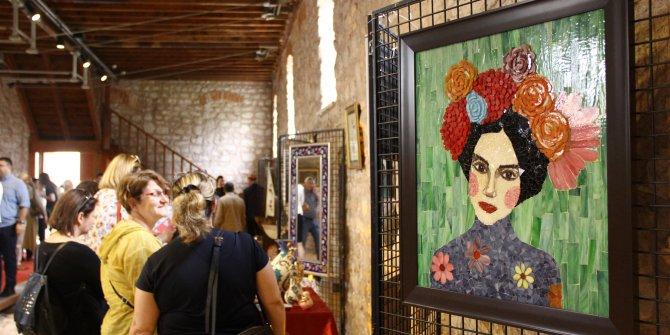 Öğrencilerden geleneksel Türk sanatları sergisi