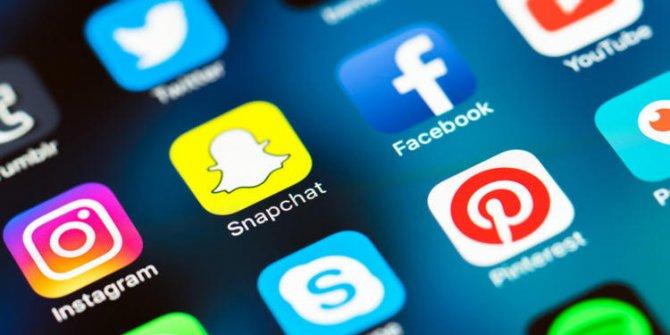 Sosyal medya ofis çalışanlarını korkutuyor