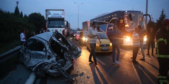 Anadolu otoyolunda kaza: 1 ölü, 2 yaralı