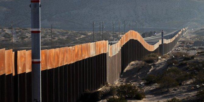 Trump'ın duvarına mahkeme engeli