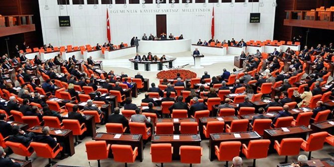 """İYİ Partili Çelik: """"Basın mensuplarına saldıranların akıbeti ne oldu?"""""""