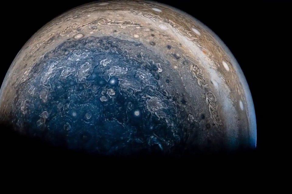 Güneş Sisteminin En Büyük Gezegeni: Jüpiter!