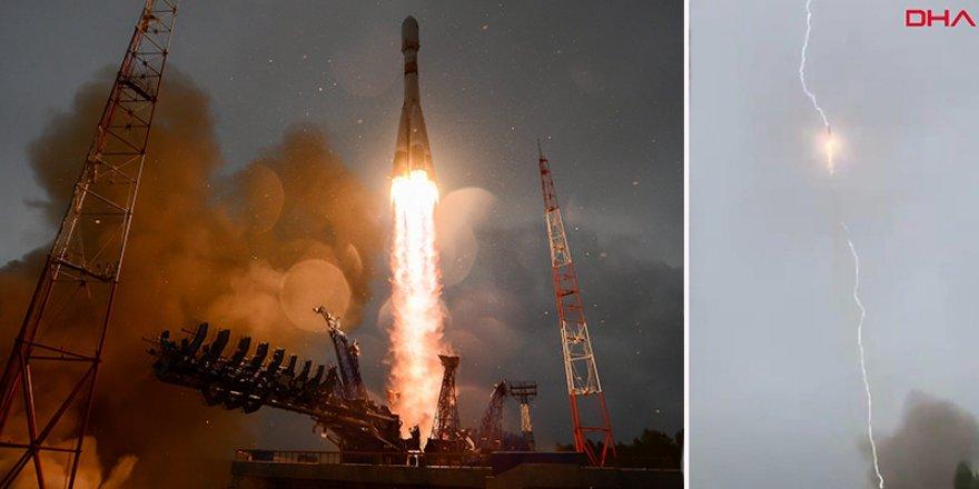 Uydu taşıyan rokete yıldırım şoku!