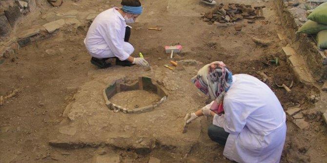 Sur'daki Amida Höyük'te arkeolojik kazı