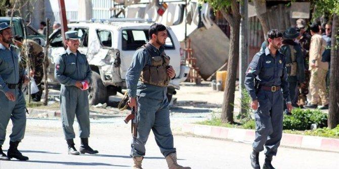 Afganistan'da okula bombalı saldırı