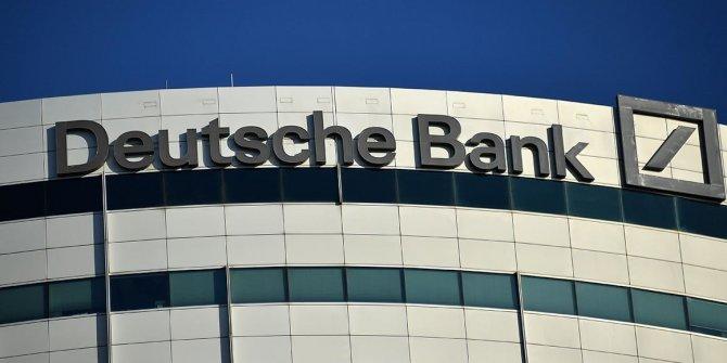 Deutsche Bank'a 'kredi notu' şoku