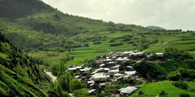 Ardahan'da bir köy heyelan riski nedeniyle boşaltıldı