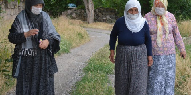 Kayseri'de enerji santrali kirliliği: Maskesiz sokağa çıkamıyorlar