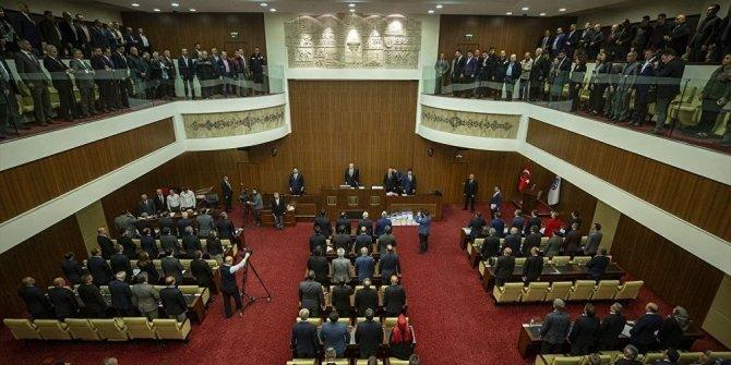 AKP'de 'su indirimi çatlağı