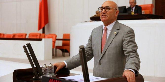 """""""Mezar kazıcı ve gassallar AKP için oy istiyor"""""""