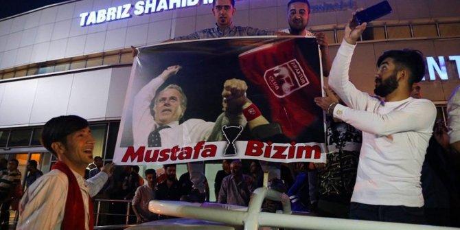 Güney Azerbaycan'da Mustafa Denizli izdihamı