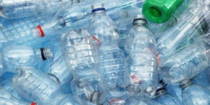 Pet şişelerin zararı sıcak havalarda katlanıyor