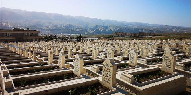 Hasankeyf'te türbe ve mezarlar da taşınıyor