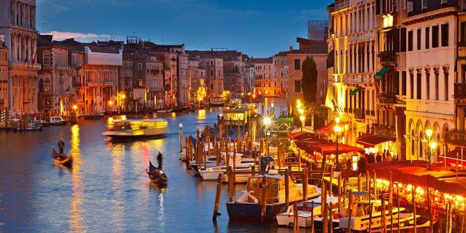 Venedik'ten UNESCO'ya: Bizi kara listeye alın