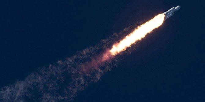 Spacex'in aracı okyanusa çakıldı