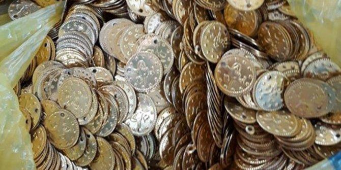 Erzurum'da 3 bin altın sikke ele geçirildi