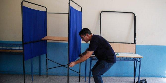 Yunanistan erken seçim için sandığa gidiyor