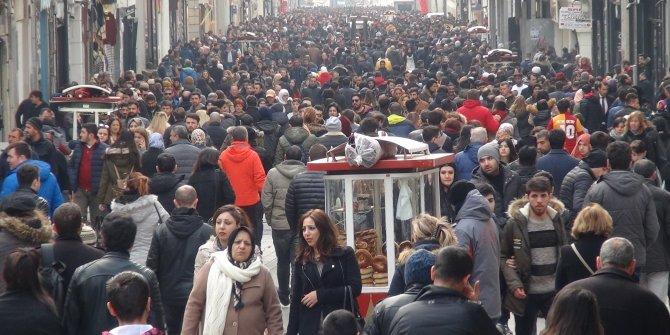 Asgari ücretli 128 gün devlete çalışıyor