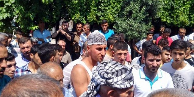 Manisa'da tehlikeli gerginlik: 2 Türk vatandaşı yaralandı