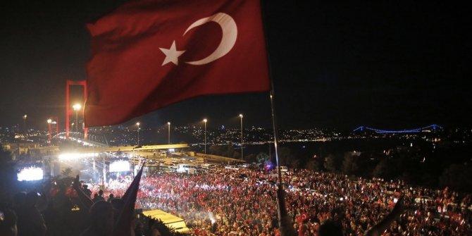 """Murat Yetkin: """"2011'de komutanlar, istifalarıyla tehlikeye karşı uyarmıştı"""""""
