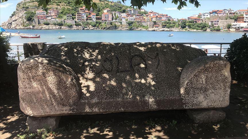 3 bin yıllık lahit mezara bunu yaptılar!