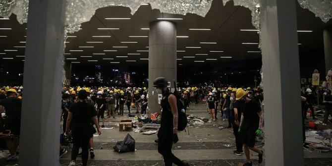 Hong Kong'da sular durulmuyor