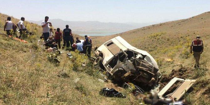 Van'da korkunç kaza: En az 10 kişi öldü