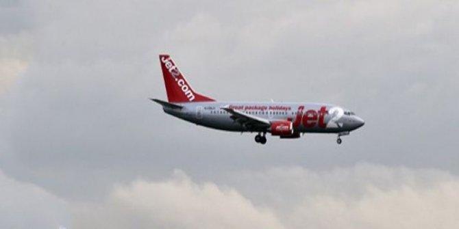 Uçakta olay çıkaran yolcuya ömür boyu men!
