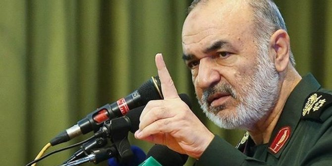 "İran: ""Savunmadan taarruza geçeriz"""