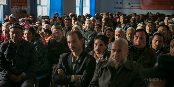 Uygur Türklerine Jivkov politikası!