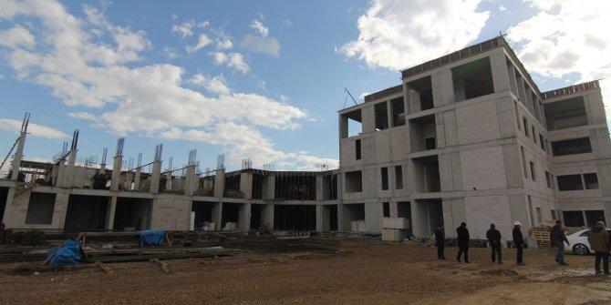 Menderes Belediye Başkanı Kayalar'dan, Binali Yıldırım'a hastane tepkisi!