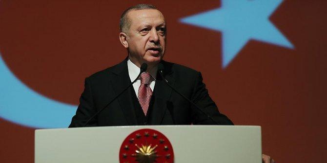 Erdoğan'dan Johnson'a tebrik
